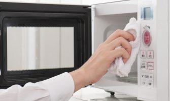 simplificando-a-limpeza-do-micro-ondas